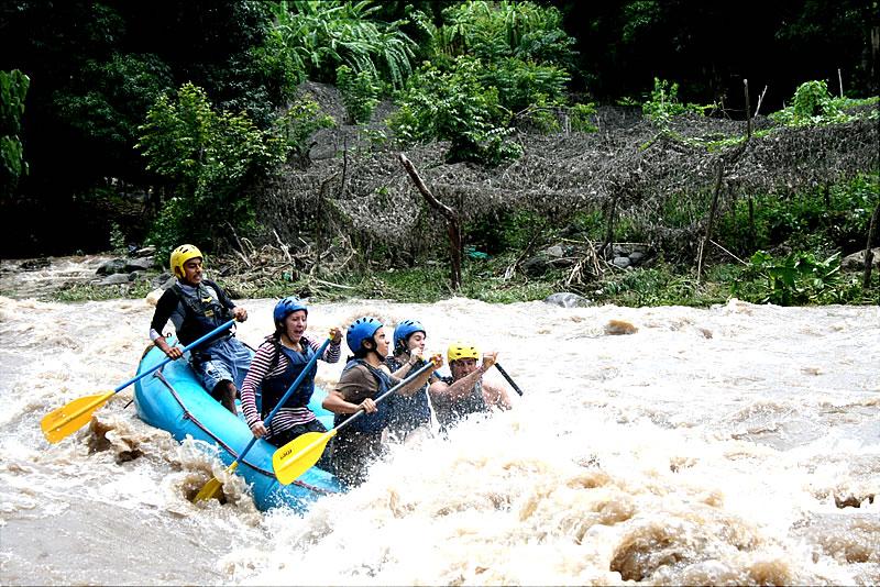 Rafting En Balsa Descenso En El Rio Actopan Chicuasen Veracruz